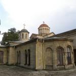 Православный храм в центре Керчи - памятник византийского зодчества.
