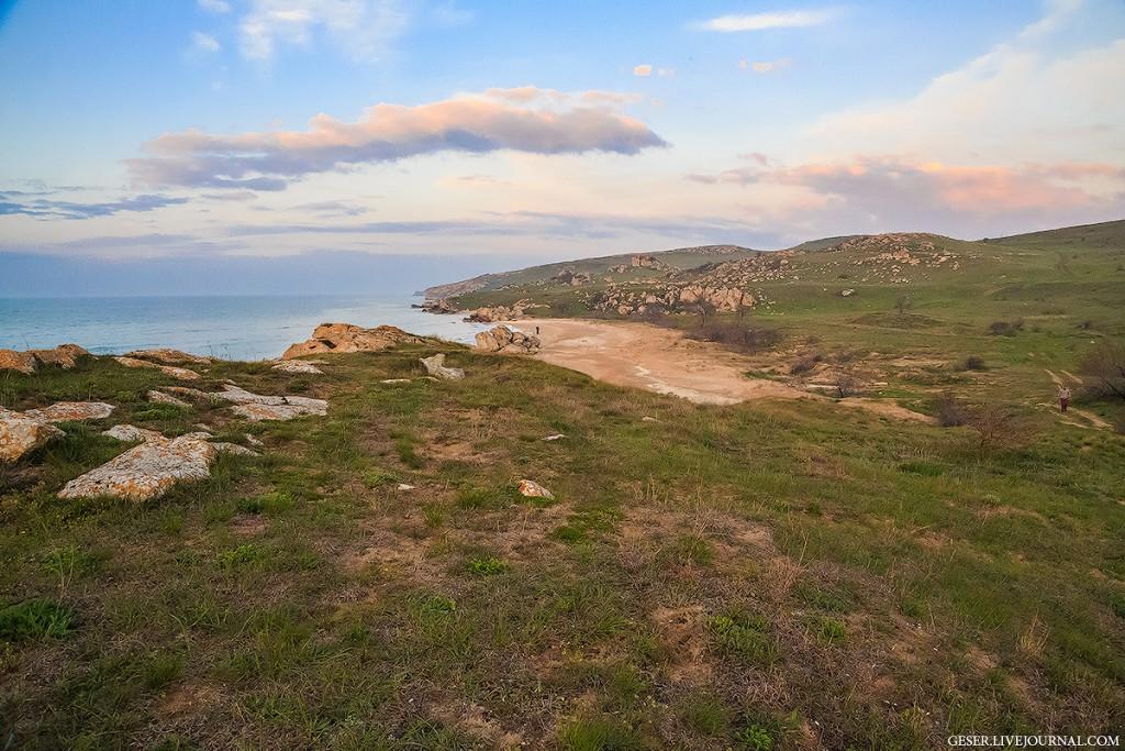 Генеральские пляжи на Керченском полуострове
