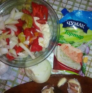 Соус Тартар наилучшая заправка для салата из малосольных и свежих овощей