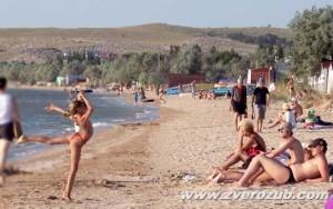 Пляж пансионата Крымское Приазовье