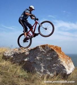 Вело триал на скалах мыса Казантип 2006